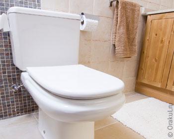 kak-v-tualete-posikaet-zhenshini-super-ogromniy-chlen-i-mnogo-mnogo-spermi